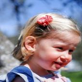 ¡Moña de algodón fruncida!  Este tipo de detalles nos parece una monada. Este tipo de complementos dan un toque especial al look de nuestras peques. En este caso la moña color salmón, pero la tenemos disponibles en verde aua, azul, rosa, rojo, blanco, marino, y fucsia.  ☝🏻Es perfecta para peques a las que les cuesta un pco llevar complementos 'Incluso para bebés!  #algodonfruncido #moñaalgodon #cottonforkids #organiccotton #nature #pink #complementosinfantiles #lazosparaniñas #madeinspain #marcaespanola #accesoriosinfantiles #adornosparaelpelo #diademasniña #diademas #cuini #cuinimadrid