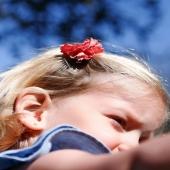 A veces solo hace falta ese detallito en el pelo que le de un toque a nuestras peques.  Por eso diseñamos la moña de algodón frucido en pinza. Es ideal para la chiquitinas como Olivia que tienen el pelo cortito y todavía no cuentan con melenón. 😍 Nos parece una delicadeza y tenemos que reconocer que nos chifla. 🔺¡Disponible en muchos colores! 🔺  https://www.cuini.com/es/pinzas/80-diadema-mona-tira-bordada.html  #tipsdecomunicacion #fotografiaparaweb #fotografiapararrss #fotografiaprofesional #cgmcomunicacion #comunicacion #imagendemarca #reputaciononline #rrss #fotografia #estrategiademarca #marcapersonal #estrategiadecomunicacion #gestionderedessociales #gestionderrss #comunicaciondemarca #creaciondecontenidos #estrategiaeninstagram #comunicadesdelaemocion #copywriting