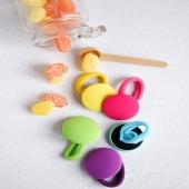 Frescos, divertidos y súper alegres. Así son nuestros coleteros de BOTÓN de lycra. Para llevar con un bañador a juego y ser la enviada de la pandilla de la urba. ¡Disponibles en 12 colores!  ¿Alguien más con ganas de que llegue el verano?☝🏻  🌼 Si tienes tienda física y quieres tener nuestros artículos, escríbenos a info@cuini.com🌼   #coleterodelycra #bandadelycra #lycra #pink #justpink #summerlover #lovesummer #complementosinfantiles #lazosparaniñas #madeinspain #marcaespanola #accesoriosinfantiles #adornosparaelpelo #diademasniña #diademas #cuini #cuinimadrid